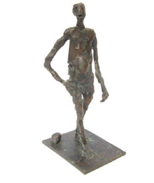 Man on the Beach, Bronze sculpture signed by the artist Elke Rehder