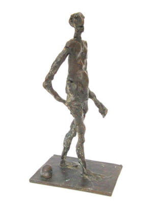 Man on the Beach. Bronze. Artist Elke Rehder